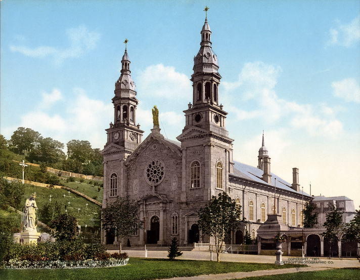 111Church_of_Sainte_Anne_de_Beaupre